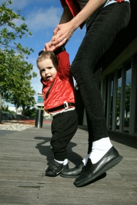 michael-jackson-baby moonwalk